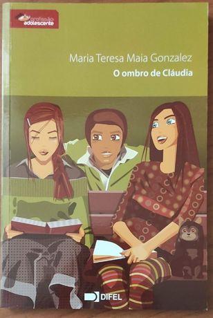 """Livro """"O ombro de Cláudia"""""""