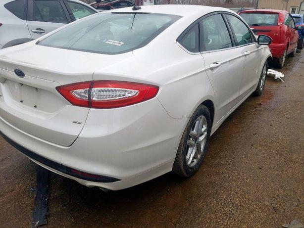 Ford Fusion 2014/Мондео/Фьюжн 2,5. Київ. Пливе до Одеси.