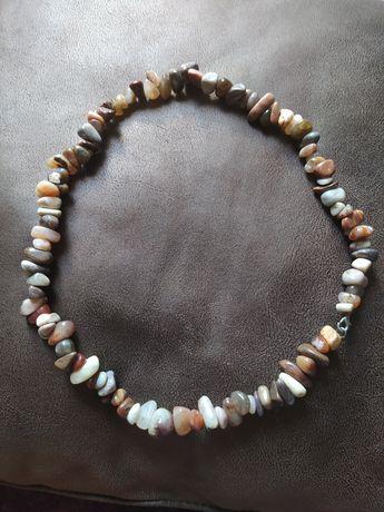 Продам красивые бусы из натурального камня