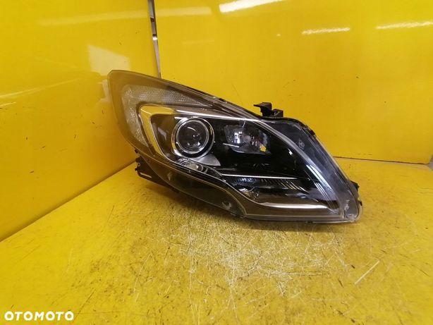 LAMPA REFLEKTOR PRAWA Opel Zafira C Bi-Xenon Skret