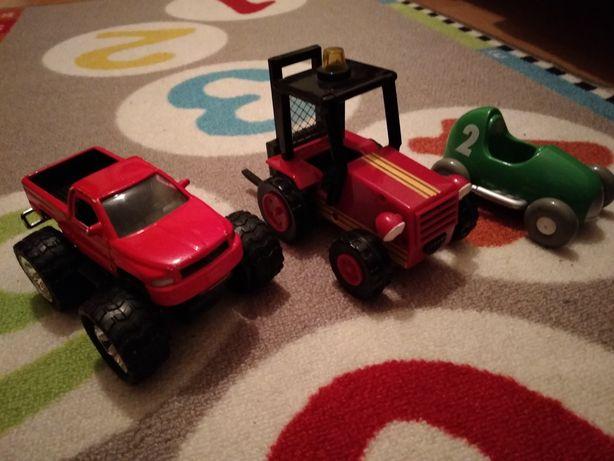 Zestaw pojazdów wyścigówka monster truck i traktor