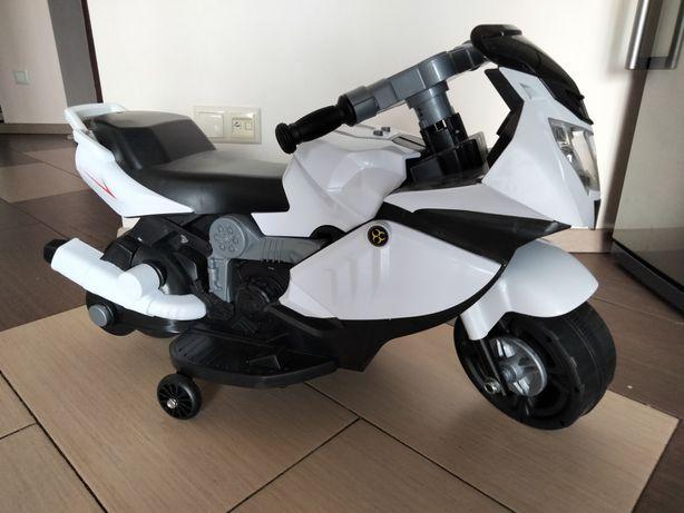 Електромобіль T-7215 мотоцикл