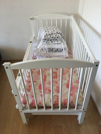 Кроватка дитяча ( ліжко практично нове)