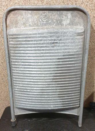 Stara metalowa tara do prania rompla. Huta Silesia