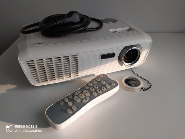 Projektor optoma HD67