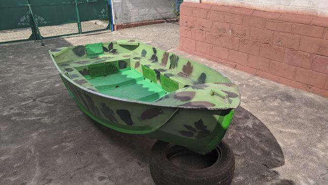 Лодка Язь-320.