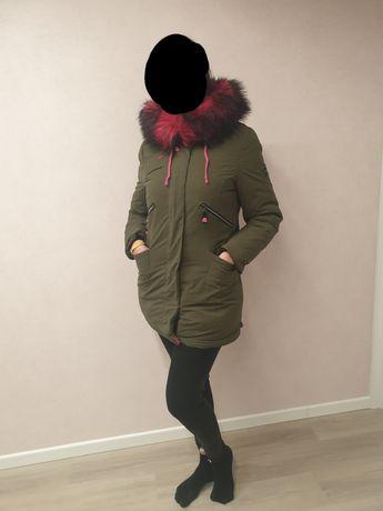 Пуховик куртка парка с розовым объёмным мехом