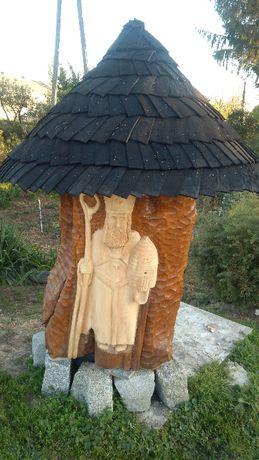 Rzeźba Świętego Ambrożego-Kapliczka ogrodowa/drewniana/ul
