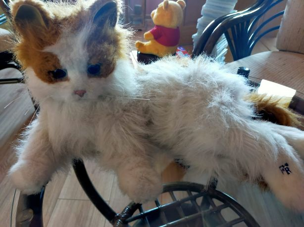 Kotek zabawka dla dzieci