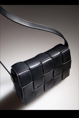 Стильна сумка від Reserved