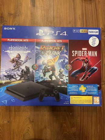 PlayStation PS4 nova a estrear com garantia