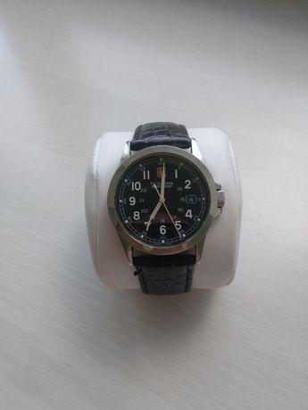 Продам оригинальные швейцарские часы VICTORINOX