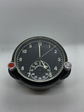 Часы 60 ЧП  приборные ,танковые
