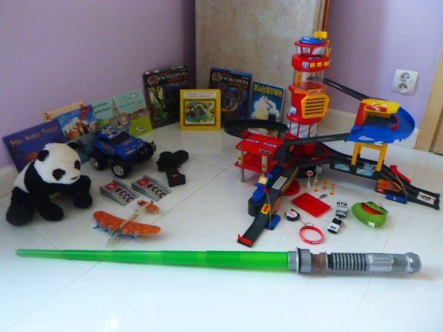 duży zestaw zabawek dla chłopca miecz parking garaż interaktywne auto Warszawa - image 1