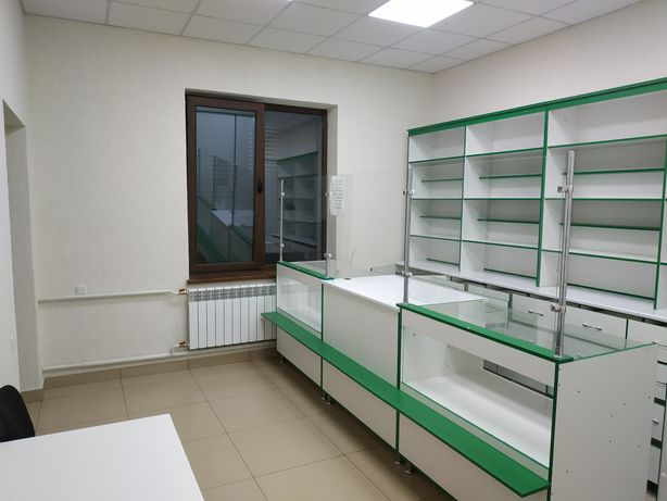 Меблі для магазину чи аптеки