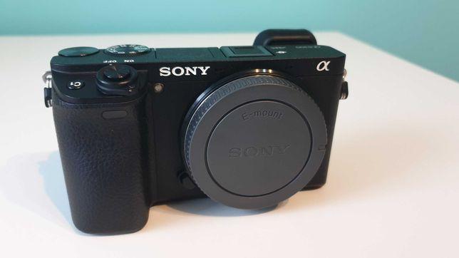 Aparat Sony a6300 + akcesoria