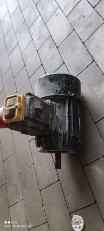 Silnik betoniarka belle