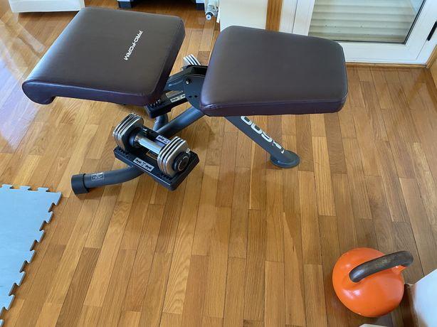 Banco de musculação com peso
