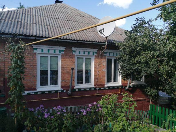 Продается 1\2 дома В Боровой (Змиевской район) 25 км от Харькова