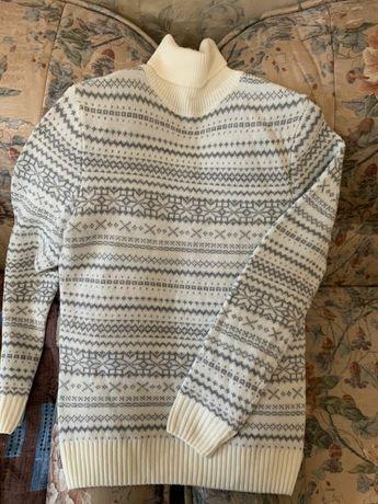 Продам свитер ,теплый