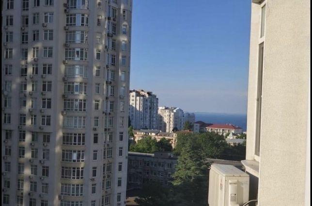 Продам 3- х комнатную квартиру вид на море Французский Бульвар