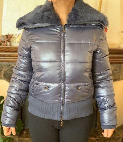 Продам куртку осінь зима фірмова