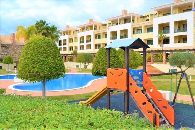 14 a 21 Agosto - Vilamoura T2 churrasqueira varanda vista piscina