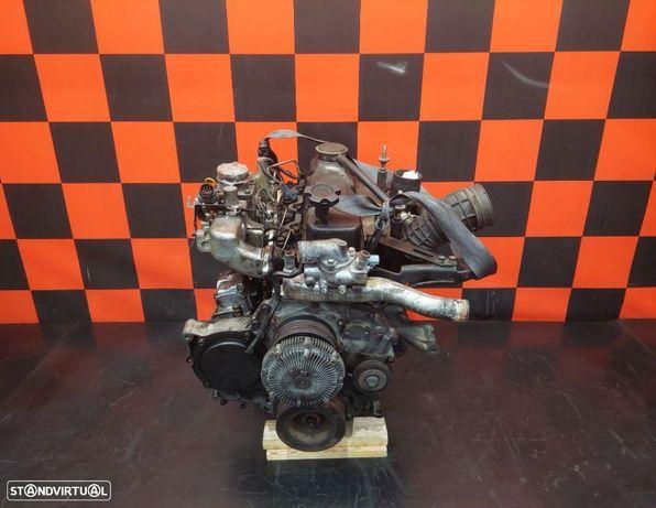 Motor para PEÇAS Nissan Navara D22 2.5 TD 00´