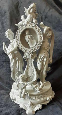 Escultura Belíssima 50cm em massa