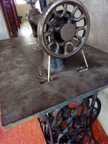 Maquina de costura antiga marca singer