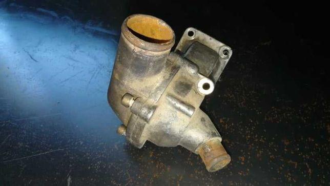 Corpo de corpo de termostato  dos motores VM 2.5TD e 3.1TD