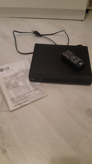 Плеер DVD 25cм/20см модель DP 132