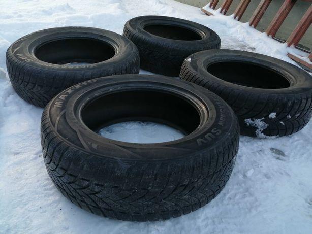 Opony zimowe 225 65 r17  komplet SUV Rav4, CRV, Santa Fe, Tuscon, X3