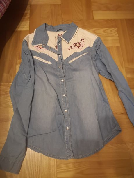 Koszula jeans z haftem