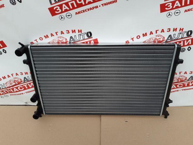 Радиатор основной VW Passat B7 USA 2.5FSI