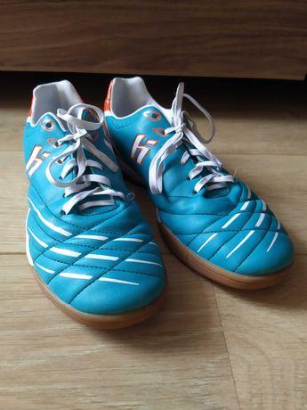Buty chłopięce halówki Huari rozmiar 40 dł wkł 24cm