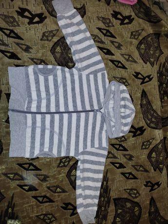 Детская кофта на девочку от 1.5-2 лет