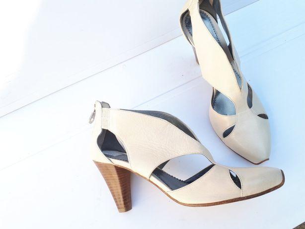 Модельные кожаные туфли босоножки DICK BOONS из натуральной кожи