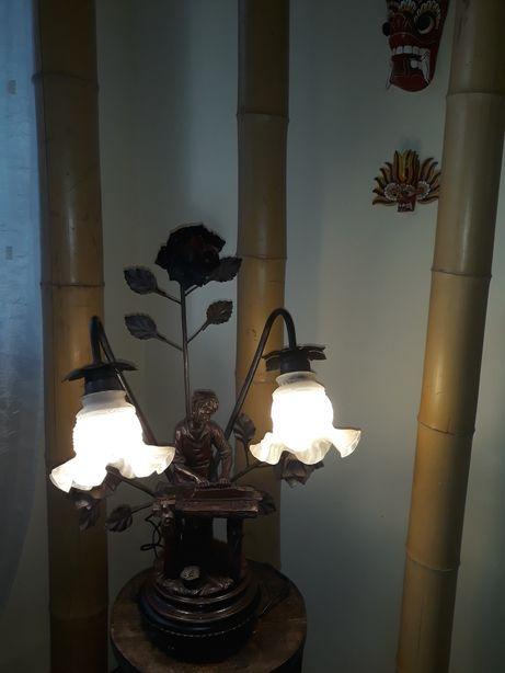 Stara lampa stolarz ciesla