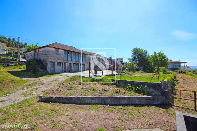 Moradia T3 em Pedra-Guimarães