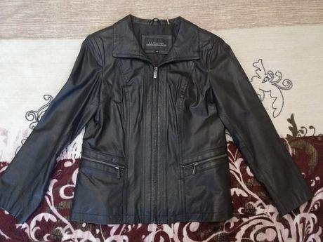 Женская кожаная куртка США 46 размер М.