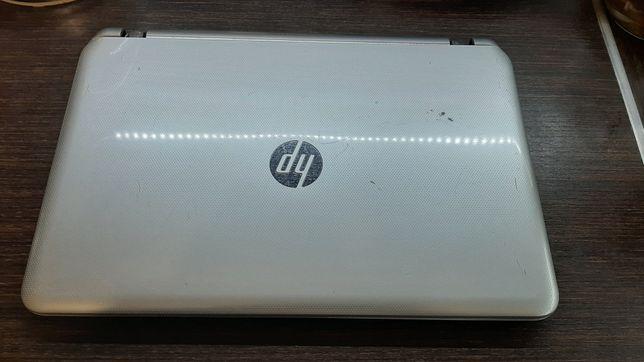 Ноутбук HP Pavilion 15 под востановление, работает!