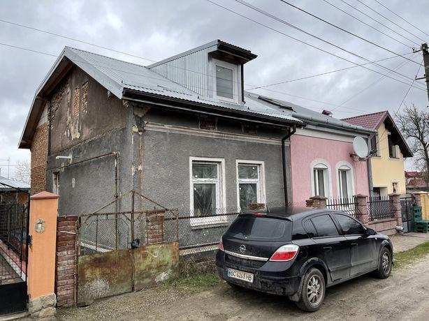 Спарений будинок в районі вулиці Новознесенської