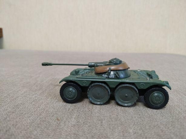 Военная техника .Panhard Ebr 75Fl 11-французский БРДМ. Танк.