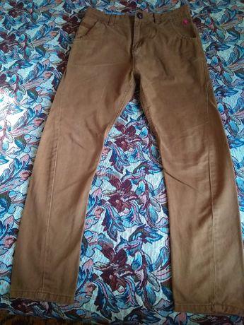 джинсы коричневые
