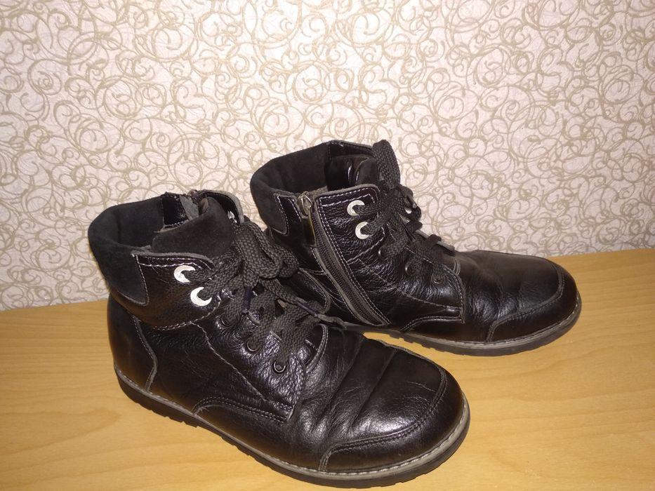 Кожаные шкіряні зимние ботинки, натуральные фабричные 35-36р23,5см Шепетовка - изображение 1