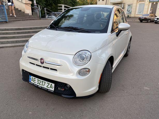 Электрокар Fiat 500e 2014 электромобиль Фиат 500е