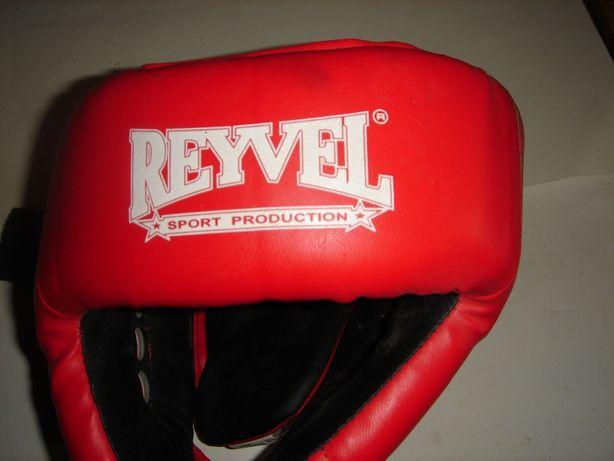 Шлем боксерский Reyvel .