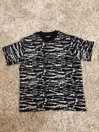 Pleasures supreme футболка,кофта,худи