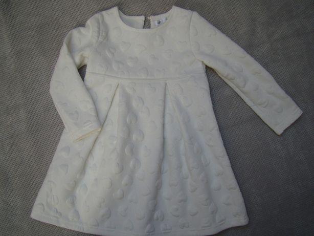 Sukienka w serduszka 92